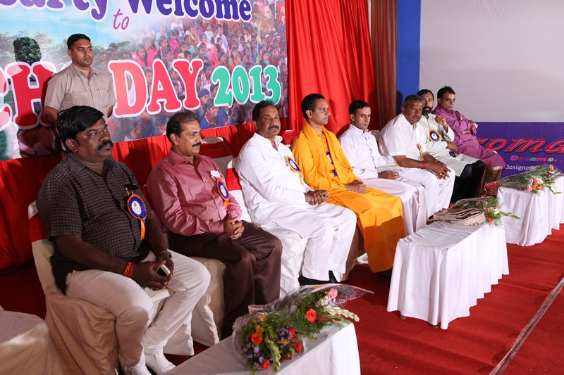 m_2014 - Hob'le Home Minister K J George & other Degnitaries on ECHO Day